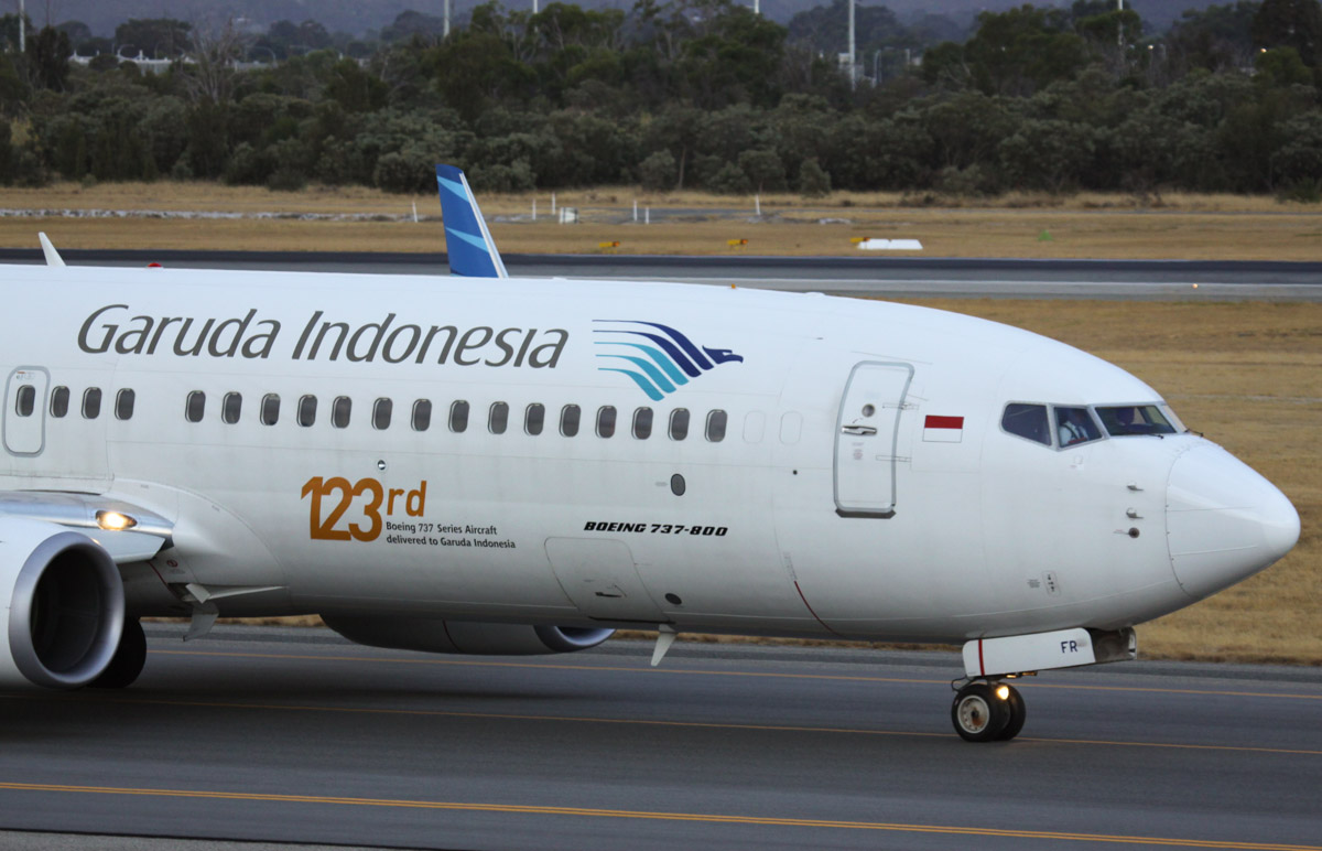 "PK-GFR Boeing 737-81D (MSN 39417/3802) Garuda Indonesia, with ""123rd Boeing 737 Series Aircraft delivered to Garuda Indonesia"" titles at Perth Airport - Fri 21 March 2014. Photo © Steve Jaksic"