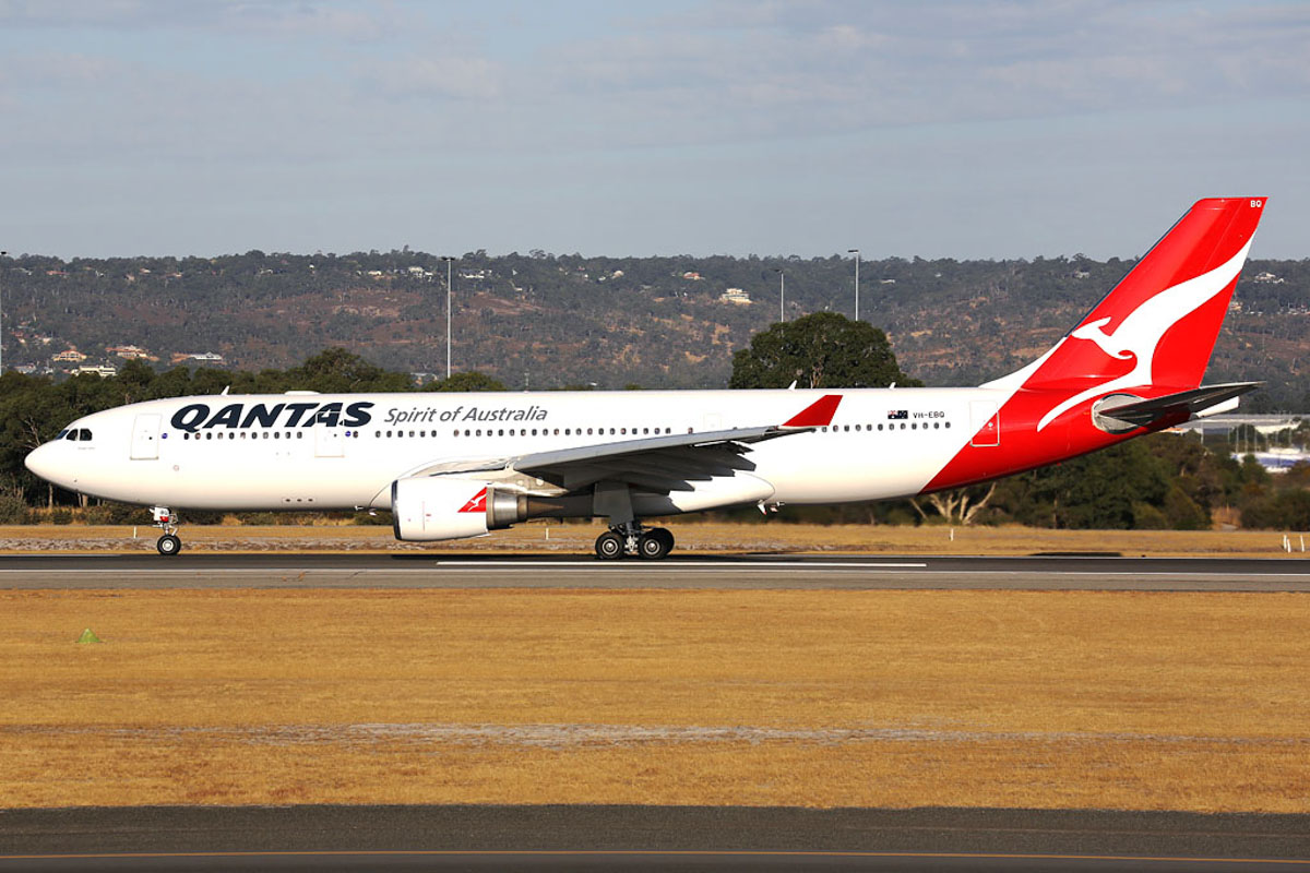 "VH-EBQ Airbus A330-202 (MSN 1198) of Qantas, named ""Wolgan Valley"", at Perth Airport - Fri 21 March 2014. Photo © Ian Moy"