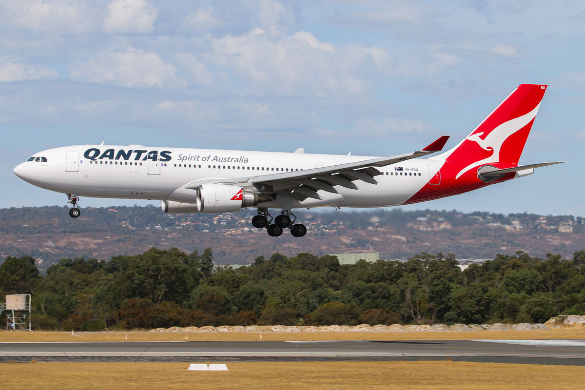"VH-EBQ Airbus A330-202 (MSN 1198) of Qantas, named ""Wolgan Valley"", at Perth Airport – Sat 22 March 2014. Photo © David Eyre"