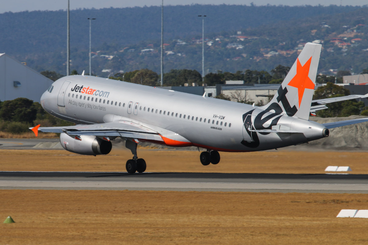 VH-VQM Airbus A320-232 (MSN 2608) of Jetstar, at Perth Airport - Sat 22 March 2014. Photo © David Eyre