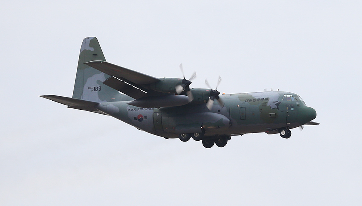 05-183 Lockheed C-130H Hercules (MSN 382-5183) of the Republic of Korea Air Force, 5 Tactical Air Transport Wing / 251st Tactical Air Support Squadron, based at Gimhae Air Base, South Korea, at RAAF Pearce - Tue 25 March 2014. Photo © Keith Anderson