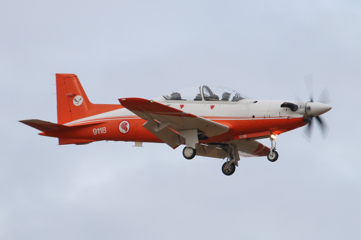 "9118 Pilatus PC-21 (MSN 126) of the Republic of Singapore Air Force, 130 ""Eagle"" Sqn, at RAAF Pearce – Wed 26 March 2014. Photo © David Eyre"