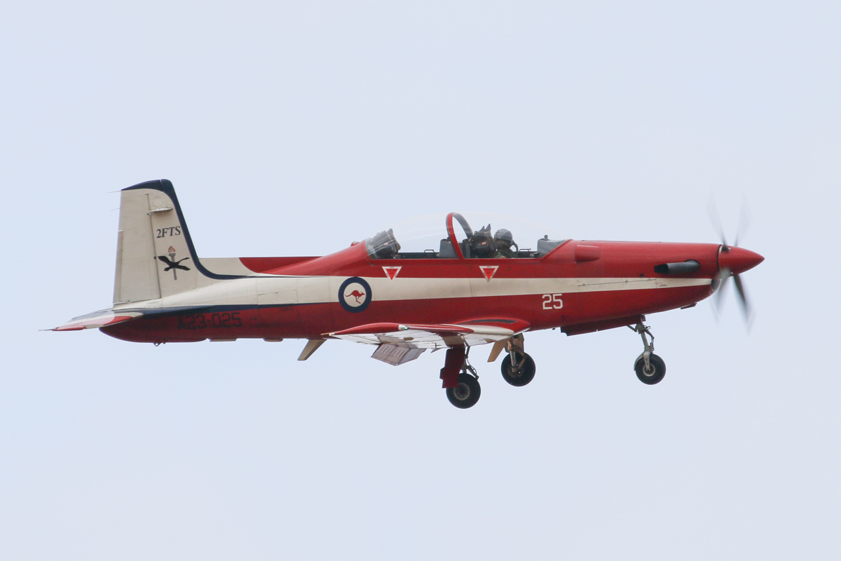 A23-025 Pilatus PC-9/A (MSN 525) of the RAAF, 2 Flying Training School (2FTS), at RAAF Pearce – Wed 26 March 2014. Photo © David Eyre