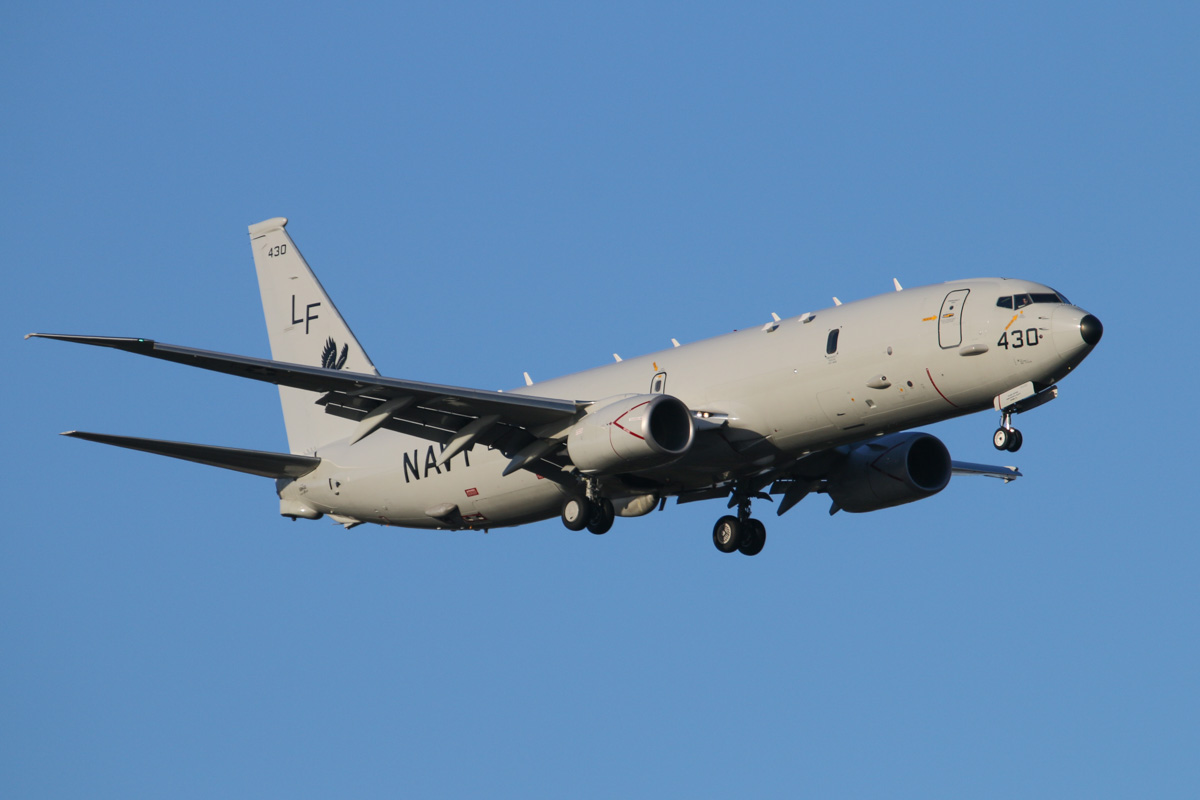168430 / LF-430 Boeing P-8A Poseidon (737-8FV) (MSN 40810/3879) of US Navy squadron VP-16 'War Eagles' at Perth Airport – Fri 28 March 2014. Photo © David Eyre