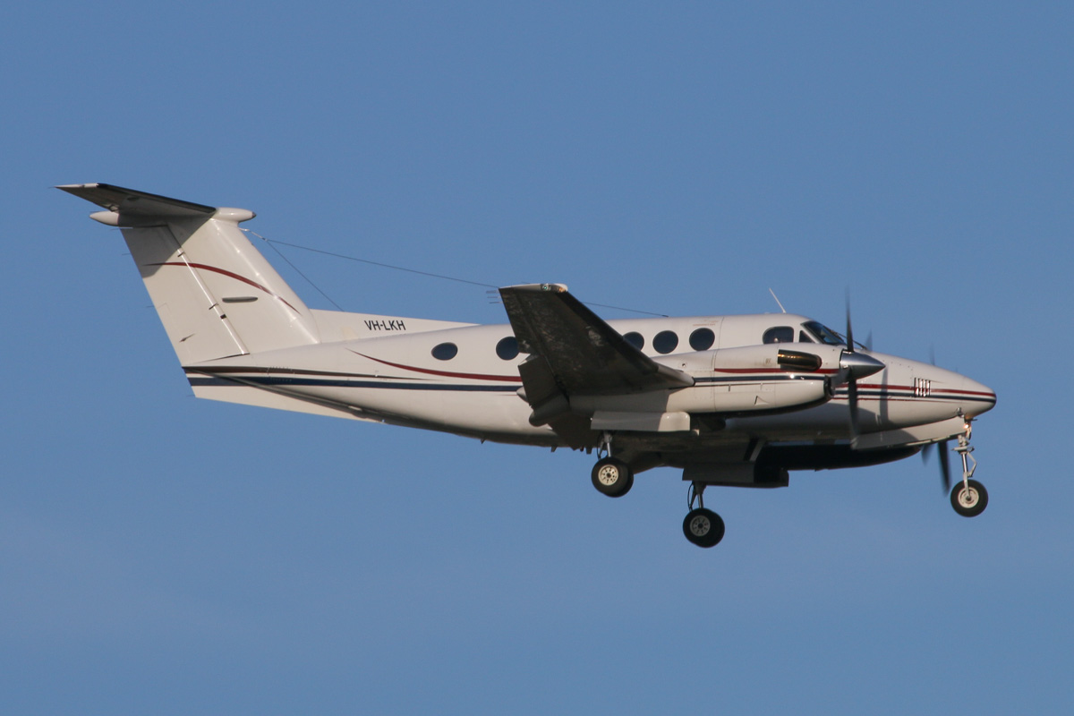 VH-LKH Beech 200 King Air (MSN BB-612) of Star Aviation, at Perth Airport – Fri 28 March 2014. Photo © David Eyre