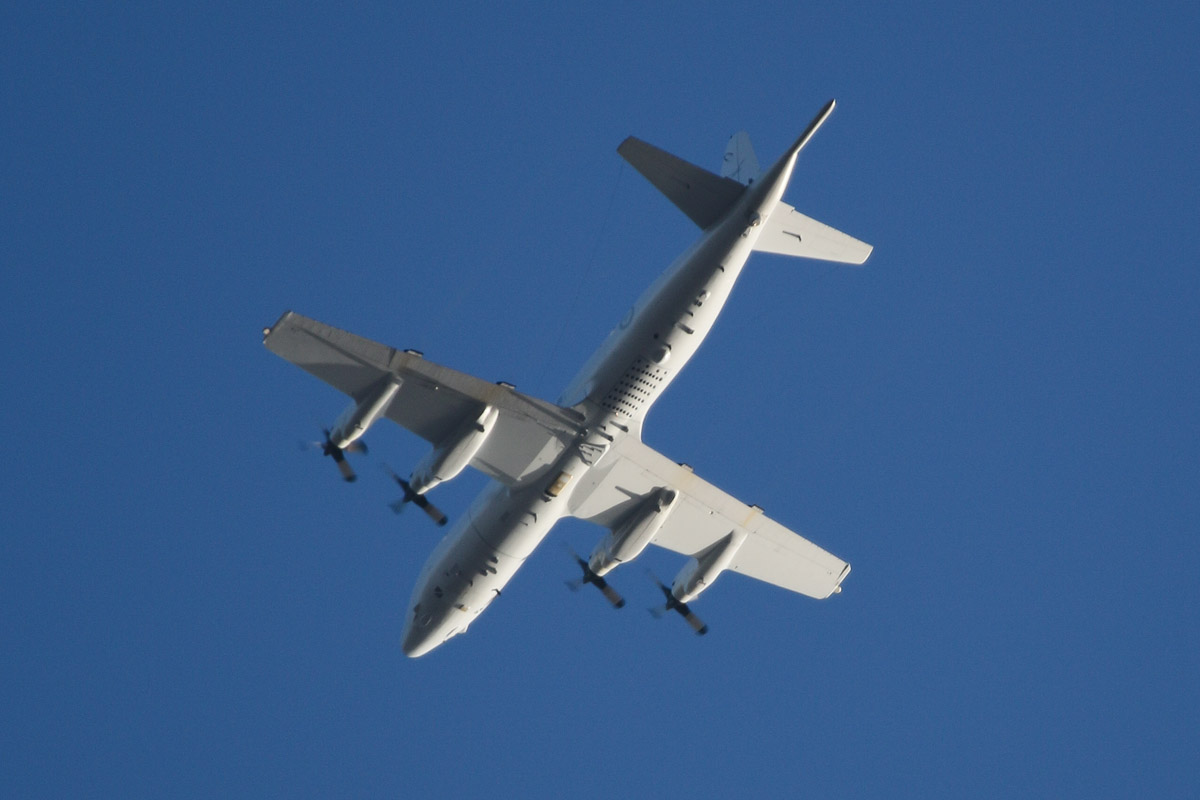 A9-… Lockheed AP-3C Orion of the RAAF, 11 Squadron, based at RAAF Edinburgh, SA, over northern suburbs of Perth – Thu 3 April 2014. Photo © David Eyre