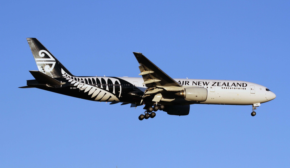 ZK-OKC Boeing 777-219ER (MSN 34377/546) of Air New Zealand, at Perth Airport – Fri 11 April 2014. Photo © Michael Foss