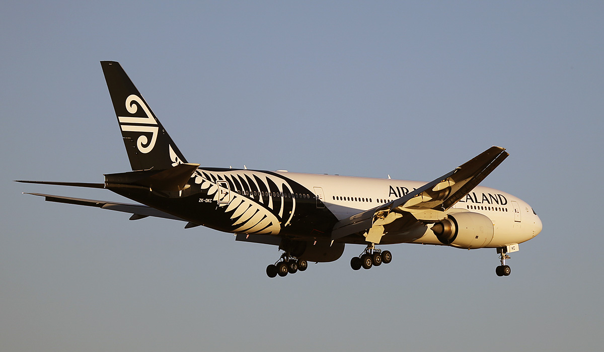 ZK-OKC Boeing 777-219ER (MSN 34377/546) of Air New Zealand, at Perth Airport – Sun 13 April 2014. Photo © Keith Anderson