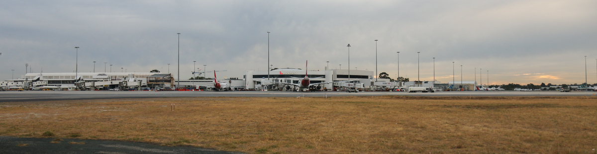 Terminal 3 and Terminal 4 and the general aviation area at Perth Airport– Fri 4 April 2014. Photo © David Eyre