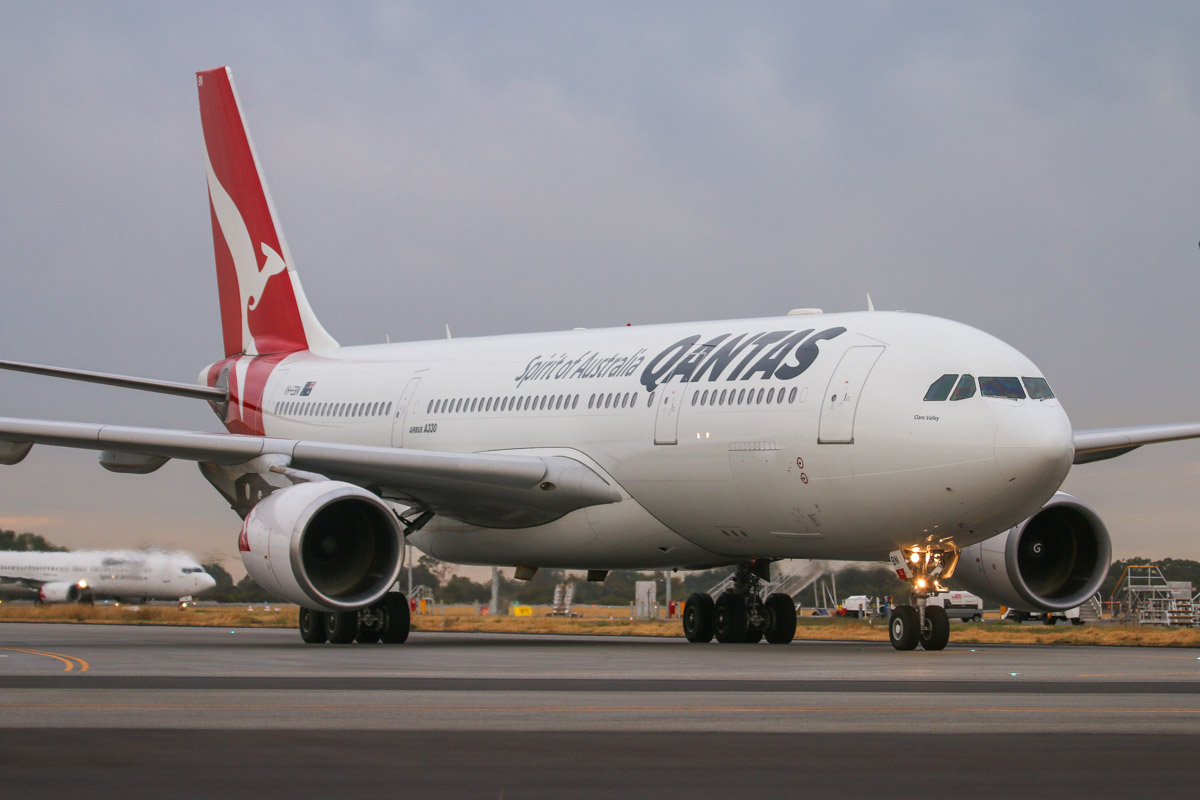 VH-EBN Airbus A330-202 (MSN 1094) of Qantas, named 'Clare Valley', at Perth Airport– Fri 4 April 2014. Photo © David Eyre