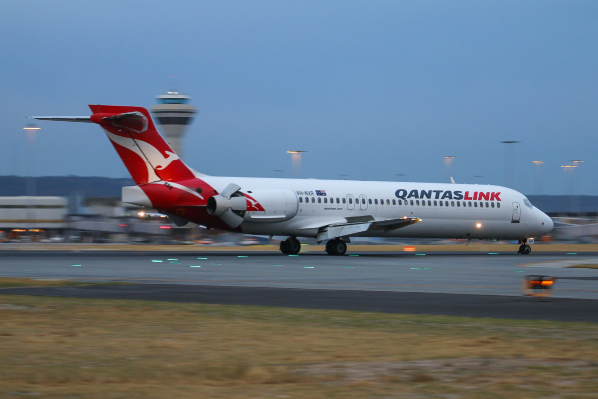 VH-NXR Boeing 717-2BL (MSN 55168/5118) of QantasLink at Perth Airport– Fri 4 April 2014. Photo © David Eyre