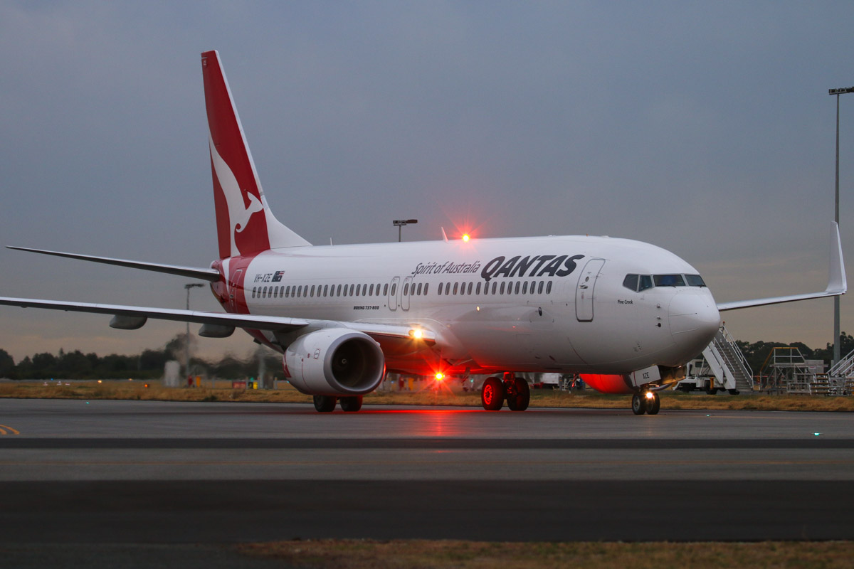 VH-XZE Boeing 737-838 (MSN 39369/4421) of Qantas, named 'Pine Creek', at Perth Airport– Fri 4 April 2014. Photo © David Eyre