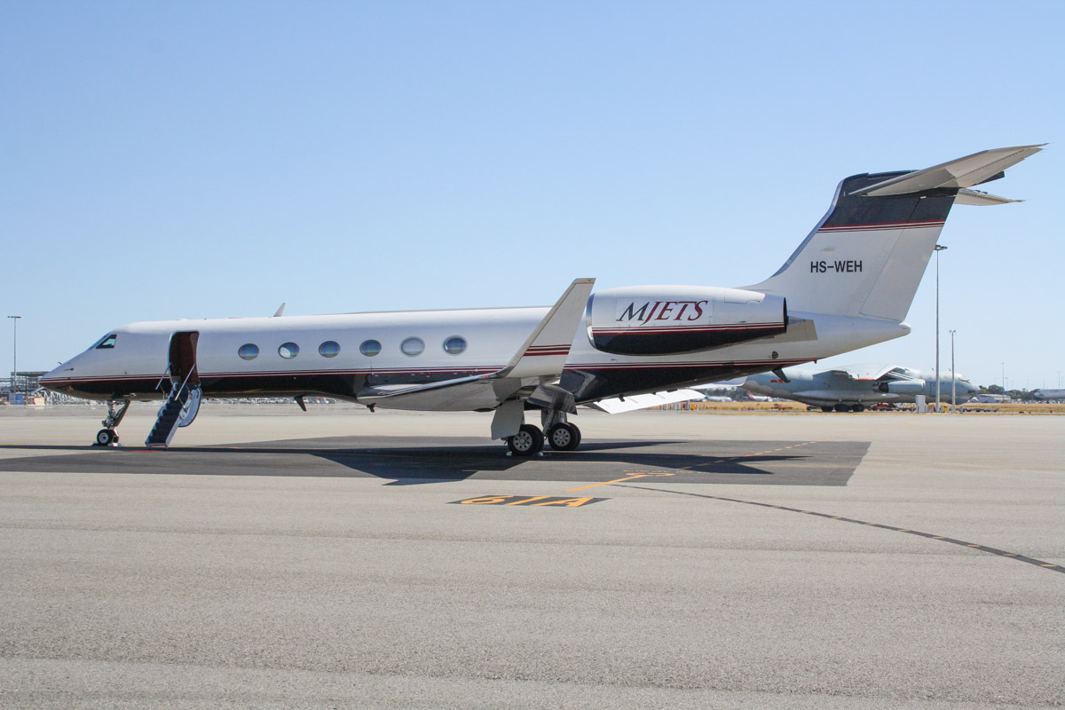 HS-WEH Gulfstream Aerospace G-V (MSN 588) owned by MJets at Perth Airport – Mon 7 April 2014. Photo © Wilson