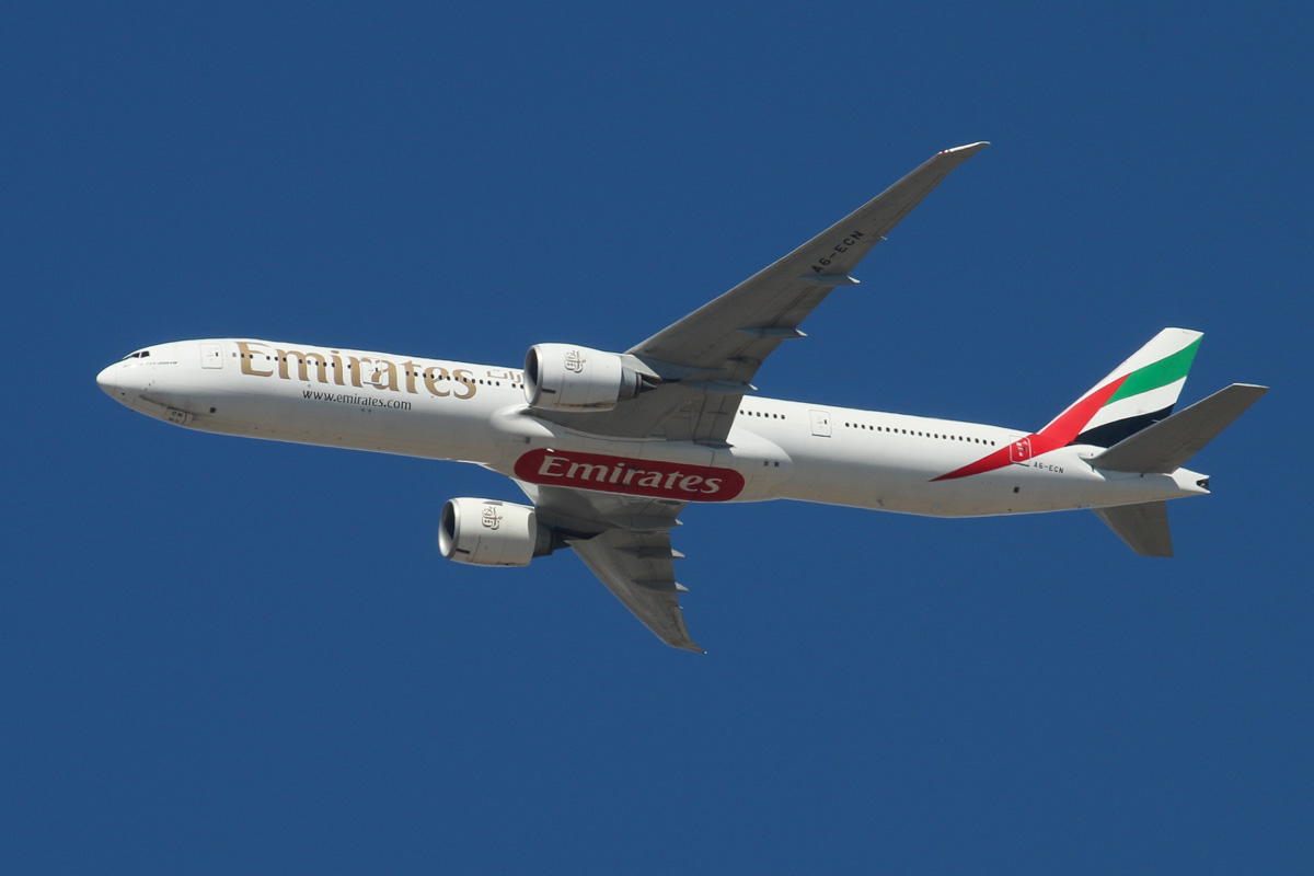 A6-ECN Boeing 777-36NER (MSN 37705/761) of Emirates, over the northern suburbs of Perth – Sat 12 April 2014. Photo © David Eyre