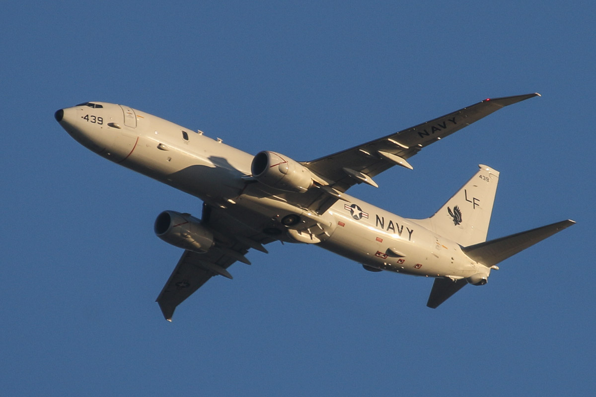 168439/LF-439 Boeing P-8A Poseidon (737-8FV) (MSN 40819/4331) of US Navy squadron VP-16 'War Eagles', over the northern suburbs of Perth – Mon 14 April 2014. Photo © David Eyre