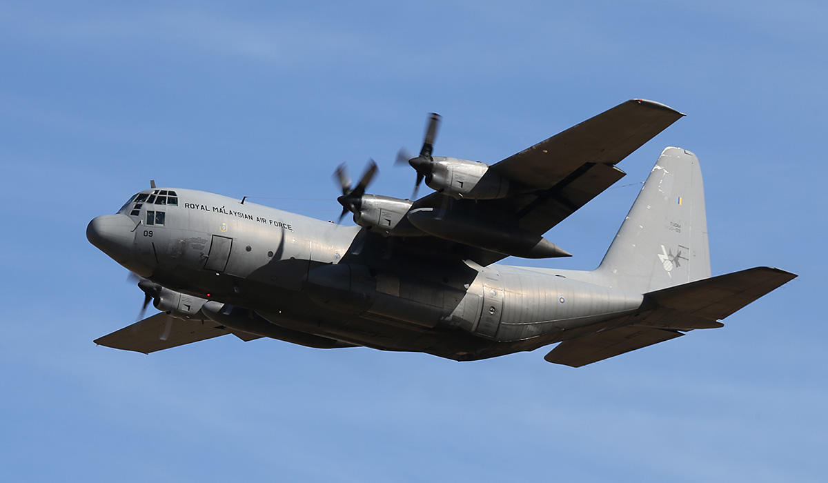 M30-09 Lockheed C-130H-MP Hercules (MSN 382-4866) of 20 Squadron, Royal Malaysian Air Force, at RAAF Pearce – Thu 17 April 2014. Photo © Keith Anderson