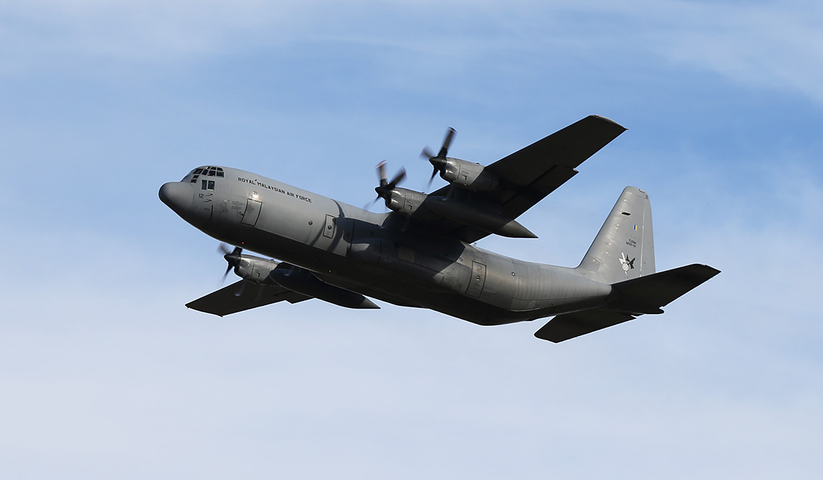 M30-12 Lockheed C-130H-30 Hercules (MSN 382-5277) of 20 Squadron, Royal Malaysian Air Force, at RAAF Pearce – Thu 17 April 2014. Photo © Keith Anderson