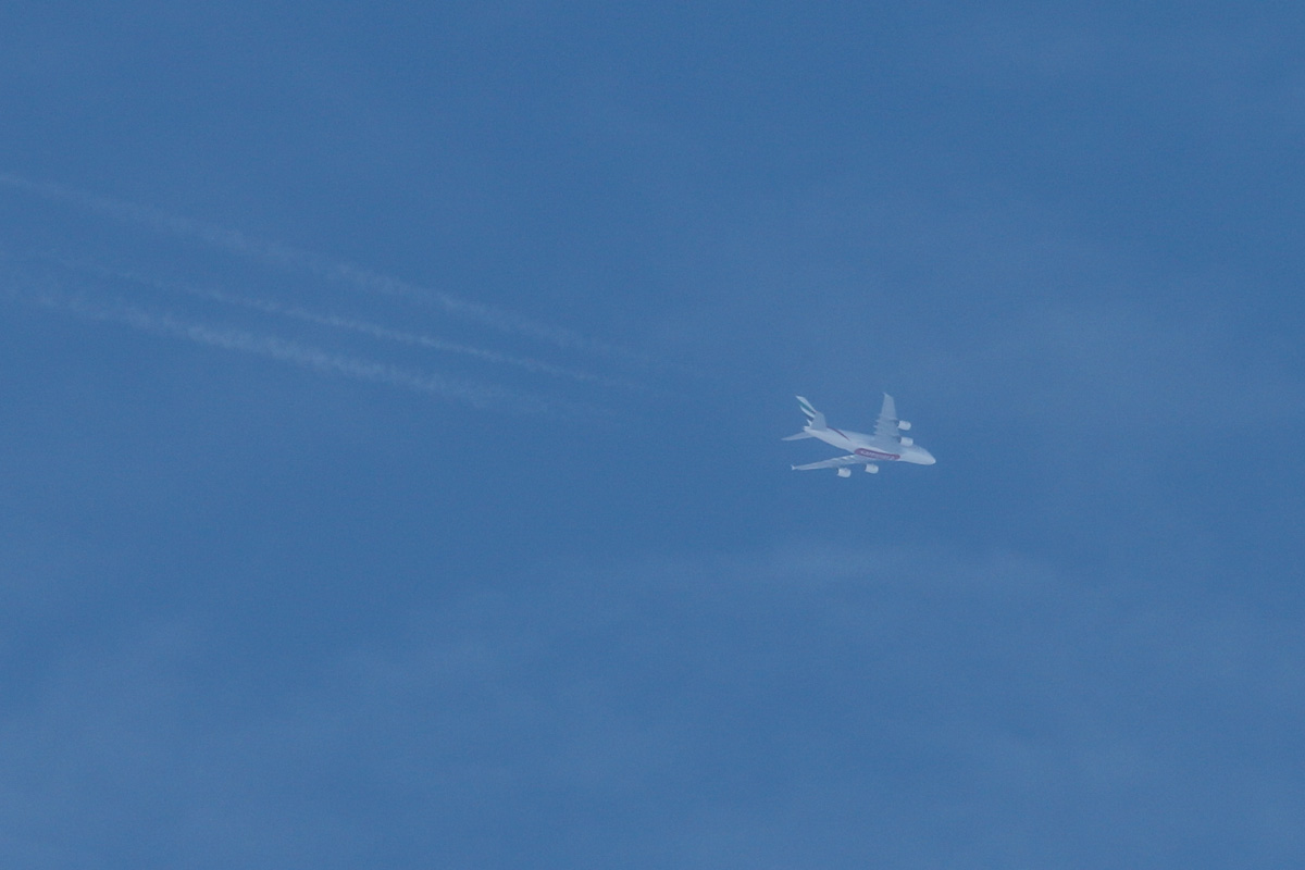 A6-EET Airbus A380-861 (MSN 142) of Emirates, over the northern suburbs of Perth – Sun 20 April 2014. Photo © David Eyre