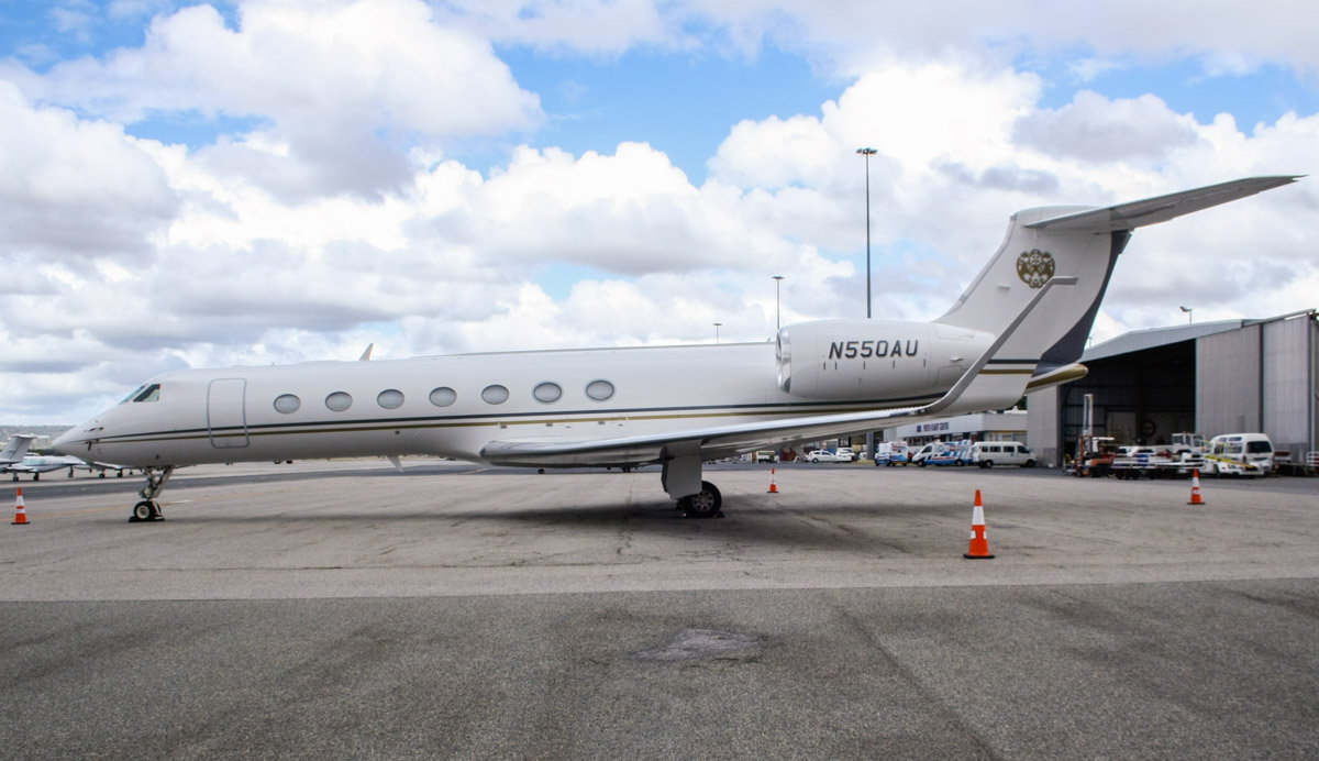 N550AU Gulfstream Aerospace G550 (GV-SP) (MSN 5338) owned by Bank of Utah (as trustee) at Perth Airport – Sun 27 April 2014. Photo © Wilson