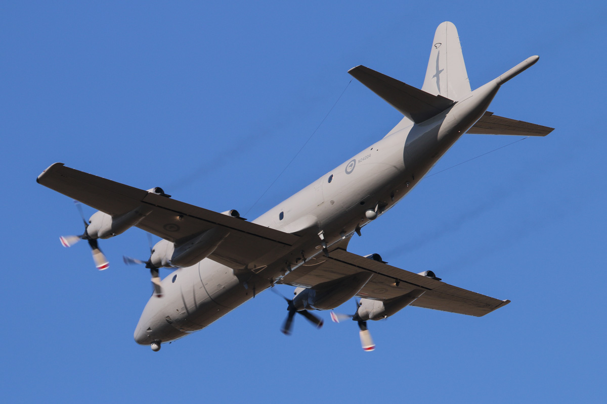 NZ4204 Lockheed P-3K2 Orion (MSN 185-5202) of 5 Squadron, Royal New Zealand Air Force, at RAAF Pearce – Wed 30 April 2014. Photo © David Eyre