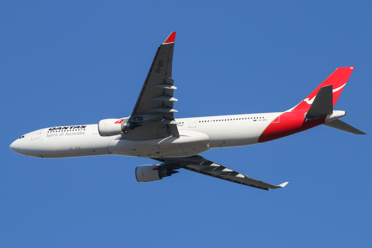 VH-QPD Airbus A330-303 (MSN 574) of Qantas, named 'Port Macquarie', at Perth Airport – Thu 1 May 2014. Photo © David Eyre