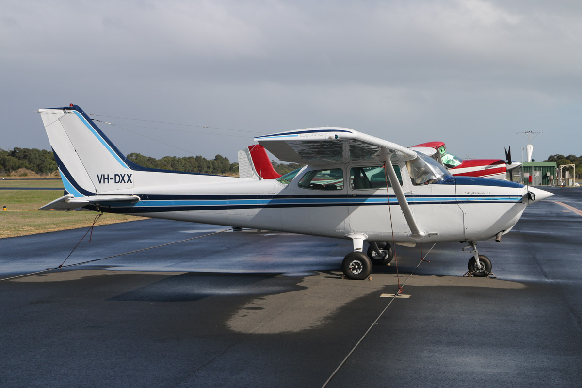 VH-DXX Cessna 172P Skyhawk II (MSN 17274568) owned by Peter G Cook, at Bunbury Airport – Fri 9 May 2014. Photo © David Eyre