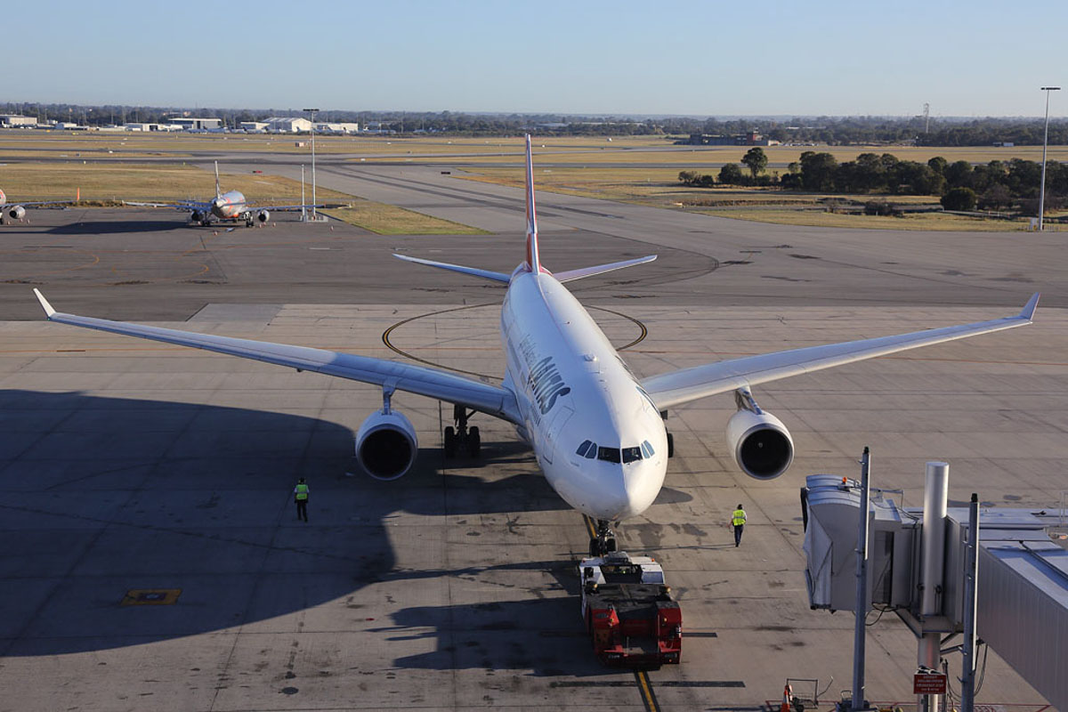 "VH-EBI Airbus A330-203 (MSN 898) Qantas, named ""Yarra Valley"", at Perth Airport – Sun 11 May 2014. Photo © Ian Moy"