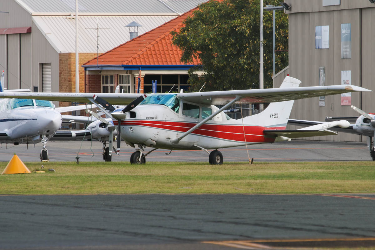 VH-BXG Cessna U206G Stationair 6 II (MSN U20605009) owned by UTS Aviation Pty Ltd, at Jandakot Airport – Sat 17 May 2014. Photo © David Eyre