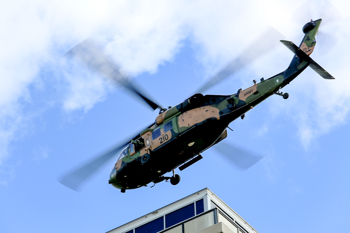A25-210 Sikorsky S-70A-9 Blackhawk (MSN 70-1348) named 'Dragoon', of 171st Aviation Squadron, 6th Aviation Regiment, Australian Army, over Dumas House, West Perth at 2:26pm on Thu 29 May 2014. Photo © Matt Hayes