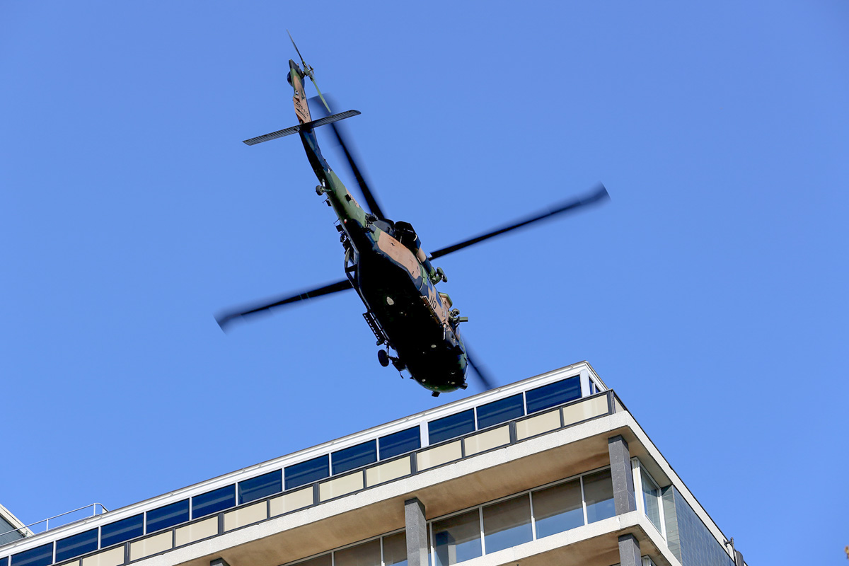 A25-110 Sikorsky S-70A-9 Blackhawk (MSN 70-1146) named 'Apocalypse', of 171st Aviation Squadron, 6th Aviation Regiment, Australian Army, over Dumas House, West Perth at 2:31pm on Thu 29 May 2014. Photo © Matt Hayes