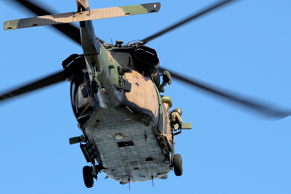 A25-110 Sikorsky S-70A-9 Blackhawk (MSN 70-1146) named 'Apocalypse', of 171st Aviation Squadron, 6th Aviation Regiment, Australian Army, over Dumas House, West Perth at 2:41pm on Thu 29 May 2014. Photo © Matt Hayes