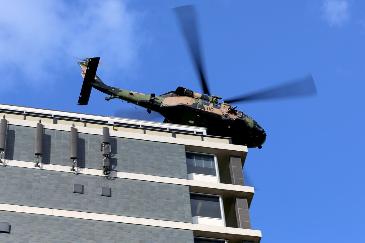 A25-110 Sikorsky S-70A-9 Blackhawk (MSN 70-1146) named 'Apocalypse', of 171st Aviation Squadron, 6th Aviation Regiment, Australian Army, over Dumas House, West Perth at 2:57pm on Thu 29 May 2014. Photo © Matt Hayes