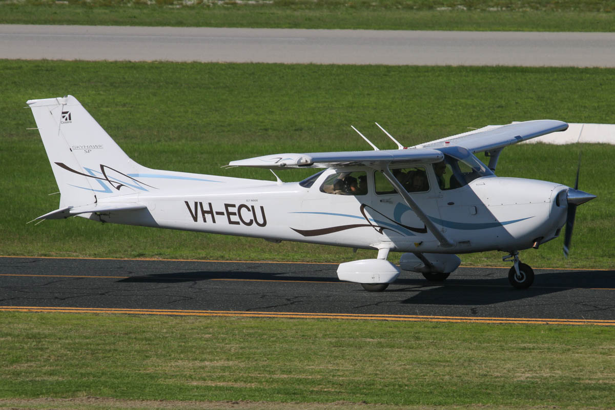 VH-ECU Cessna 172S Skyhawk SP (MSN 172S10831) owned by Kent Street Senior High School (Department of Education and Training), at Jandakot Airport - Fri 30 May 2014. Photo © David Eyre