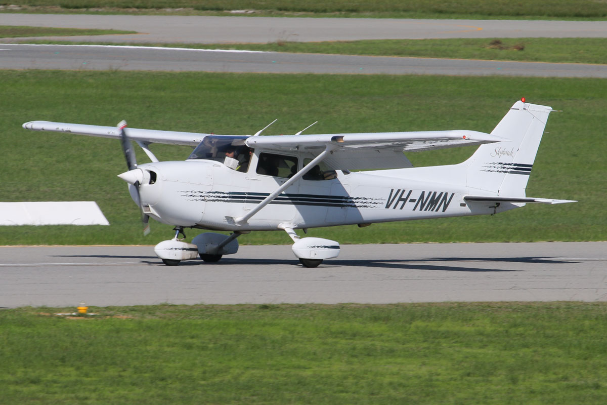 VH-NMN Cessna 172R Skyhawk (MSN 17280005) owned by Michael Braybrook, at Jandakot Airport - Fri 30 May 2014. Photo © David Eyre