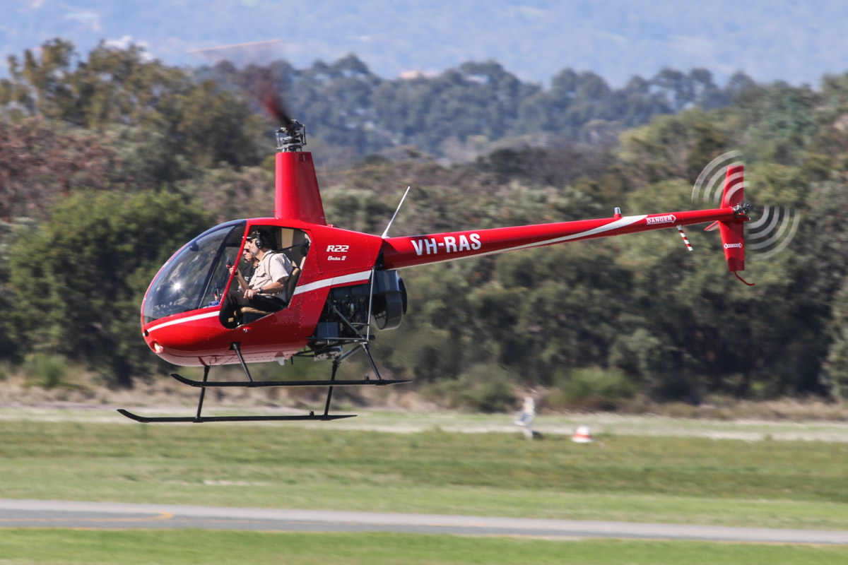 VH-RAS Robinson R22 Beta II (MSN 4617) owned by Heliflite Pty Ltd, at Jandakot Airport – Fri 30 May 2014. Photo © David Eyre