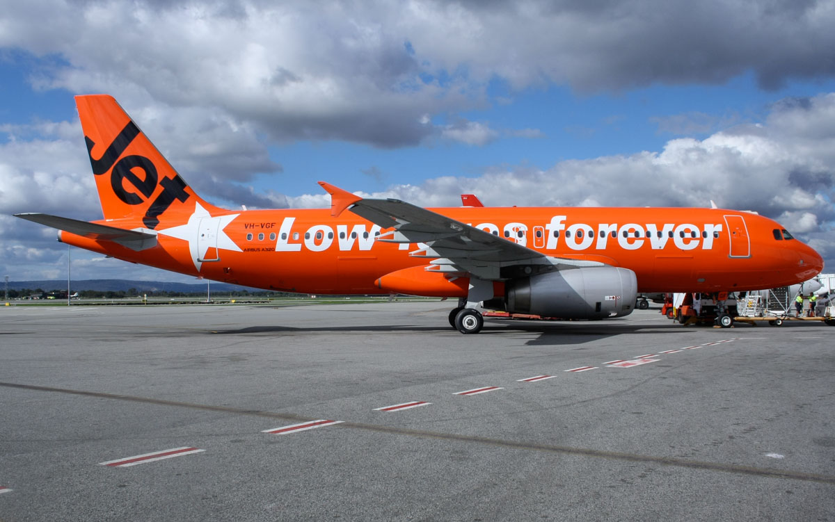 VH-VGF Airbus A320-232 (MSN 4497) of Jetstar in 10th Birthday orange livery, at Perth Airport – Mon 2 June 2014. Photo © Wilson