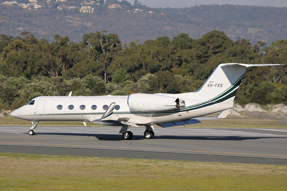 VH-TXS Gulfstream Aerospace G-IV, Owned by Revesco Aviation Pty Ltd at Perth Airport – 6 June 2014