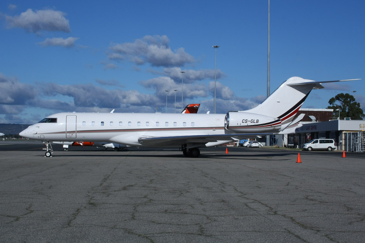 CS-GLB Bombardier BD-700-1A10 Global 6000 (MSN 9481) of NetJets Europe, at Perth Airport - Wed 11 June 2014. Photo © Wilson
