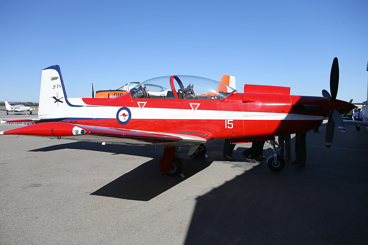 A23-015 Pilatus PC-9/A of 2FTS (Flying Training School) RAAF at Jandakot Airport – Sat 14 June 2014