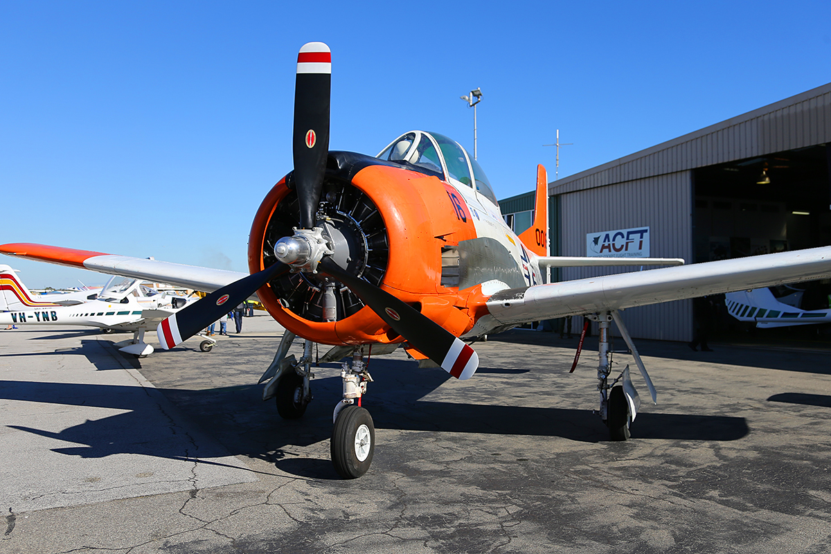 VH-KAN North American Aviation T28B Trojan owned by AOG Services Pty Ltd at Jandakot Airport – Sat 14 June 2014