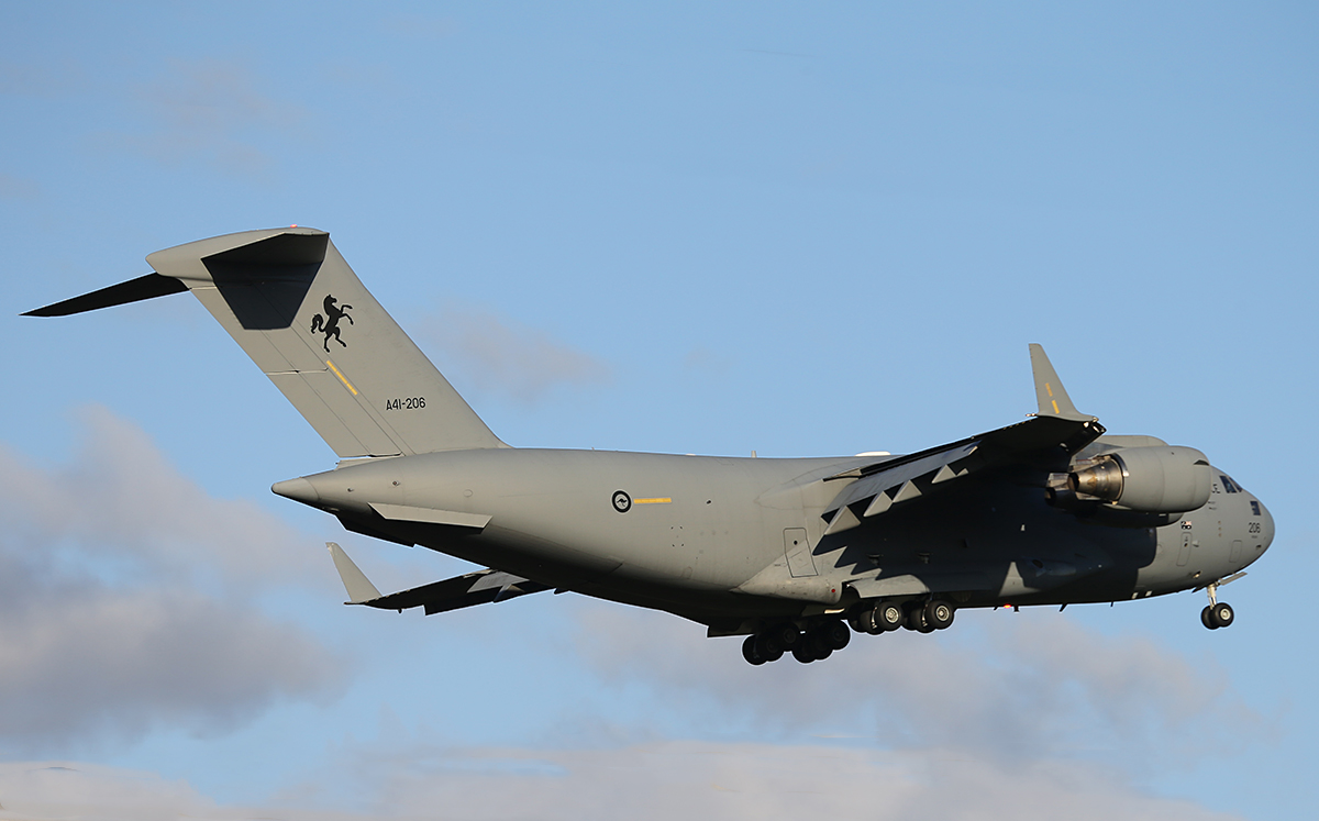 A41-206 Boeing C-17A Globemaster III of 36 Squadron, RAAF at Perth airport – Sun 22 June 2014