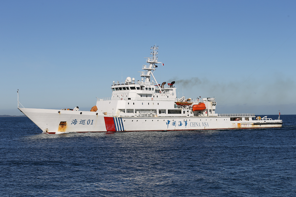 MV Hai Xun 01 entering Fremantle Harbour at 10:16 am Saturday 14 June 2014