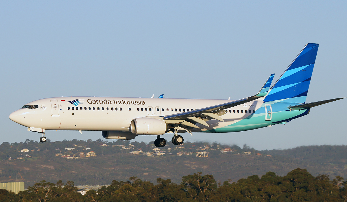 PK-GNI Boeing 737-86N(W) of Garuda Indonesia at Perth Airport – 3 July 2014