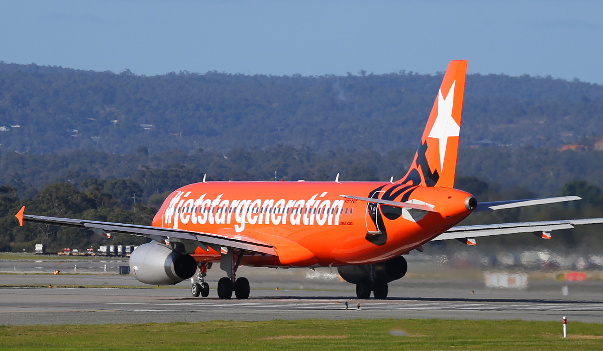 VH-VGF Airbus A320-232 (MSN 4497) of Jetstar at Perth Airport – 3 July 2014