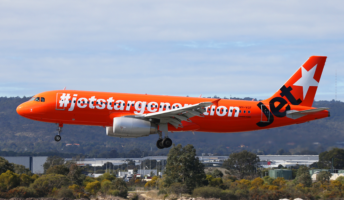 VH-VGF Airbus A320-232 (MSN 4497) of Jetstar at Perth Airport – 4 July 2014