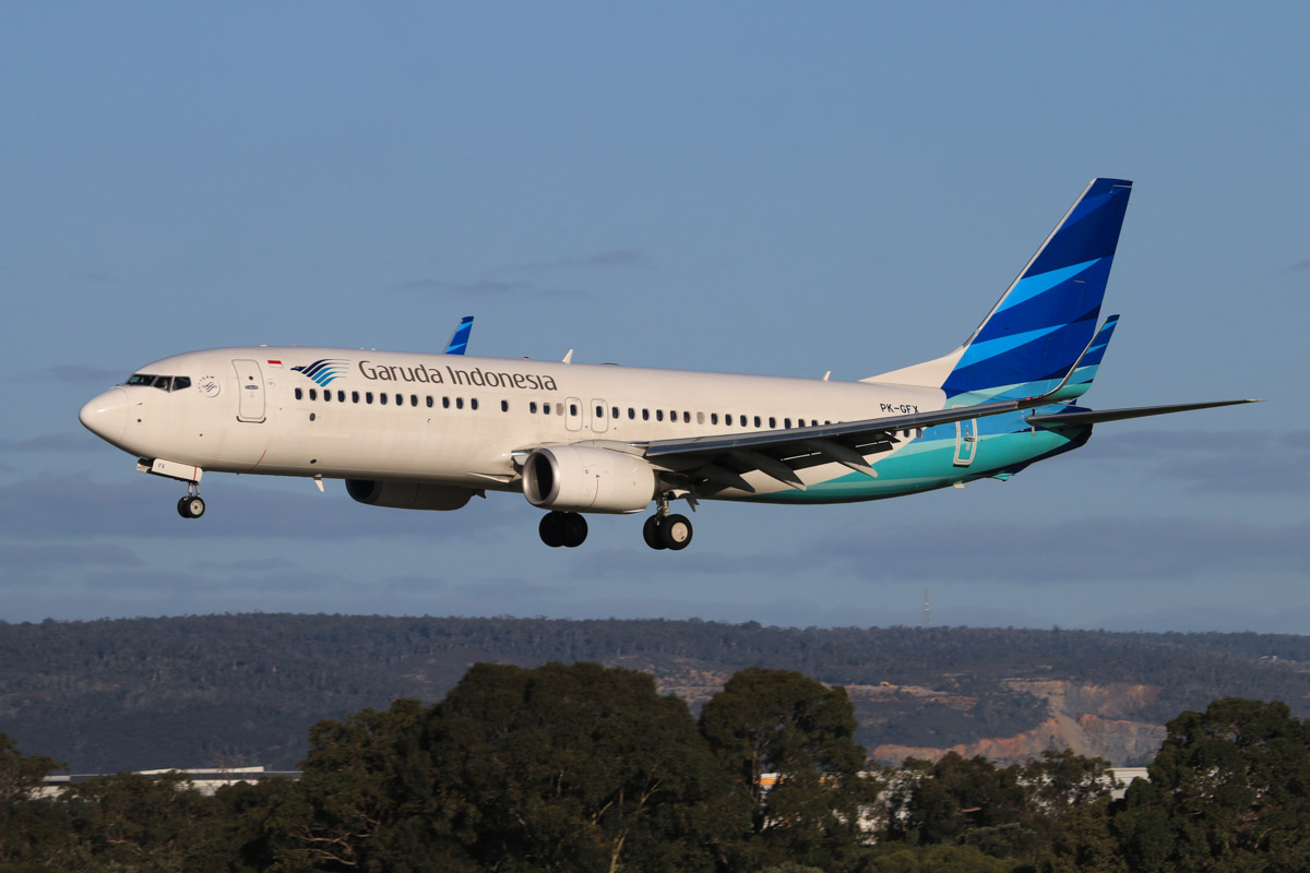 PK-GFX Boeing 737-8U3 (MSN 39928/4453) of Garuda Indonesia, at Perth Airport - Thu 17 July 2014. Landing on runway 03 at 15:47 as GA726 from Denpasar (Bali). Photo © David Eyre
