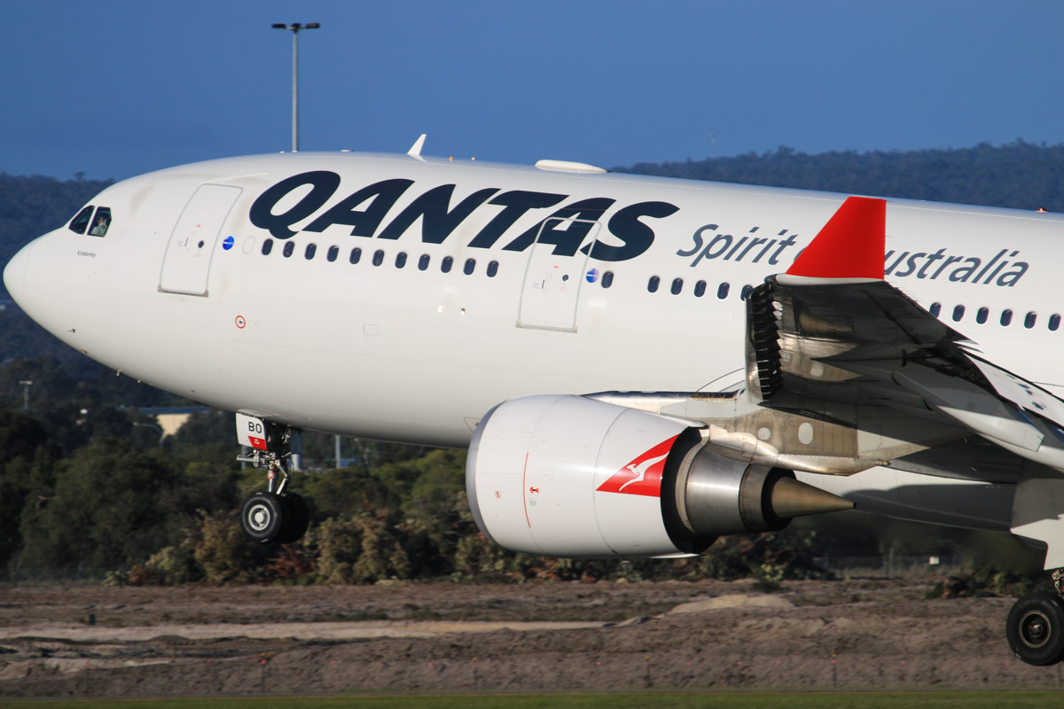 VH-EBO Airbus A330-203 (MSN 1169) of Qantas, named 'Kimberley', at Perth Airport - Thu 17 July 2014. Landing on runway 03 at 16:04 as QF577 from Sydney. Photo © David Eyre