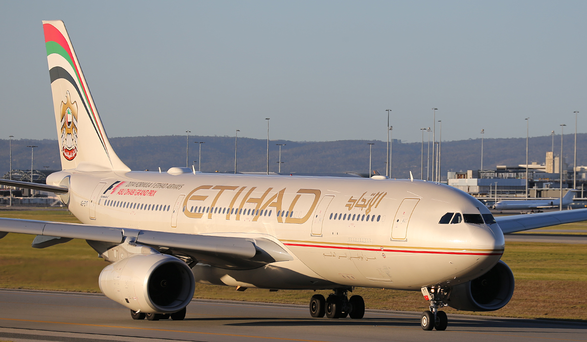 A6-EYT Airbus A330-243 (MSN 1486) of Etihad Airways at Perth Airport – Fri 18 July 2014.
