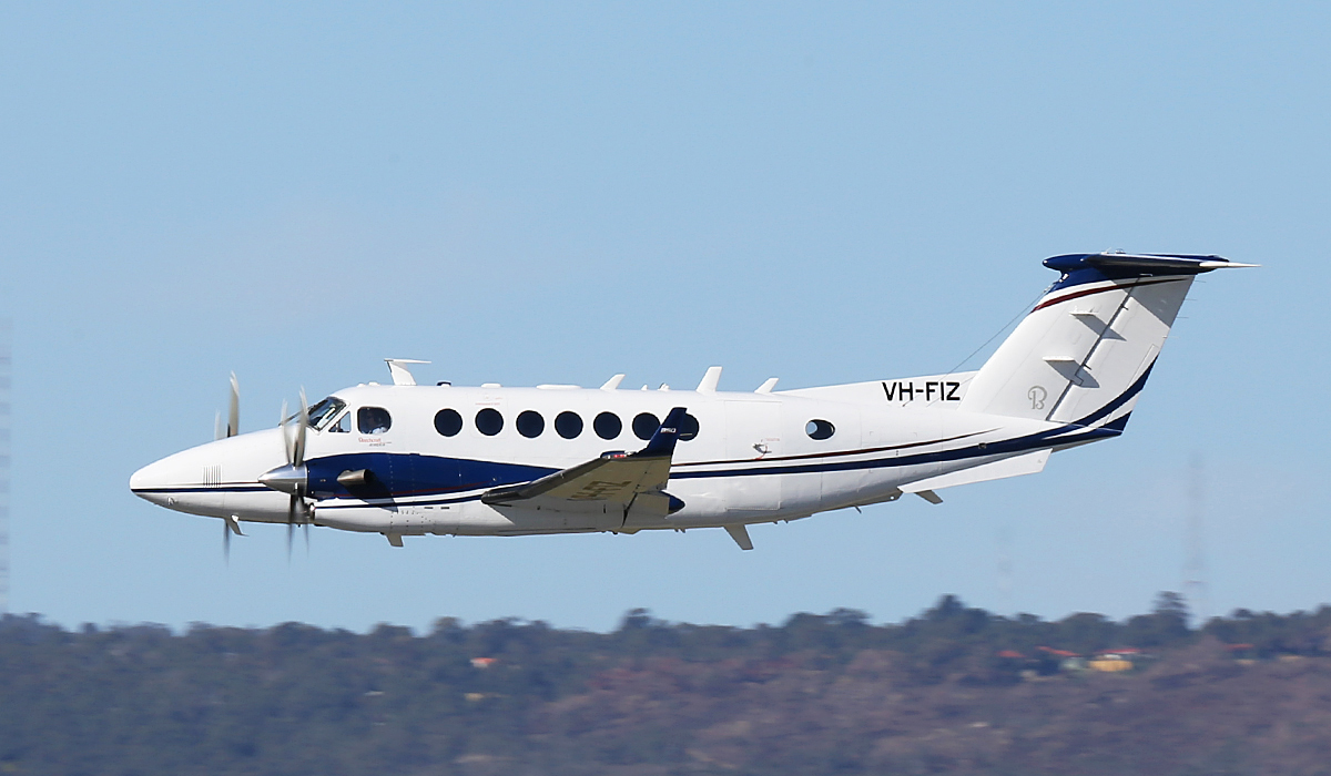 VH-FIZ Beech King Air B300 (350i) (cn FL-779) of AeroPearl (Pearl Aviation Australia), operated for Airservices Australia, at Perth Airport – Fri 18 July 2014.