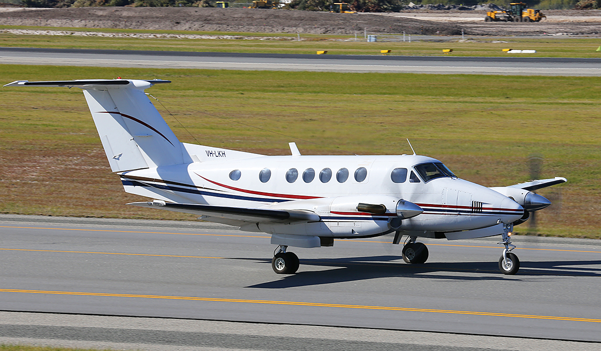 VH-LKH Beech 200 King Air (MSN BB-612) of Star Aviation, at Perth Airport – Fri 18 July 2014.